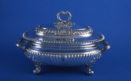 Regency soup tureen & cover - Click to enlarge and for full details.