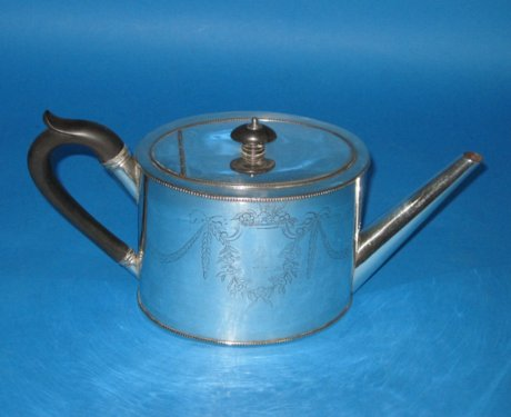 18th Century Old Sheffield Plate Silver Teapot. Circa 1780. - Click to enlarge and for full details.