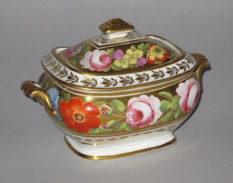 COALPORT Porcelain Sucrier & Cover. Circa 1810. - Click to enlarge and for full details.
