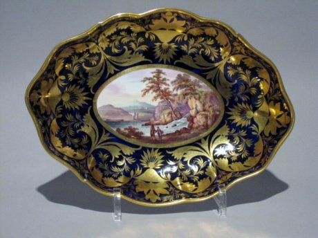 DERBY Porcelain Dessert Dish. Circa 1815. - Click to enlarge and for full details.