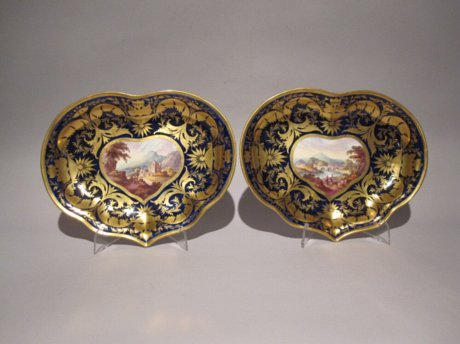 DERBY Porcelain. Pair of Dessert Dishes. Circa 1815. - Click to enlarge and for full details.