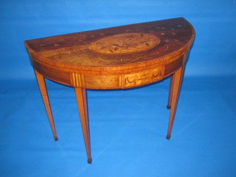 LATE 18TH CENTURY ROSEWOOD & SATINWOOD CARD TABLE, CIRCA 1775-80 - Click to enlarge and for full details.