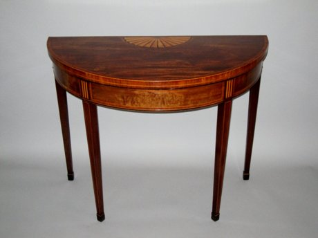 LATE 18TH CENTURY MAHOGANY TEA TABLE. CIRCA 1780. - Click to enlarge and for full details.