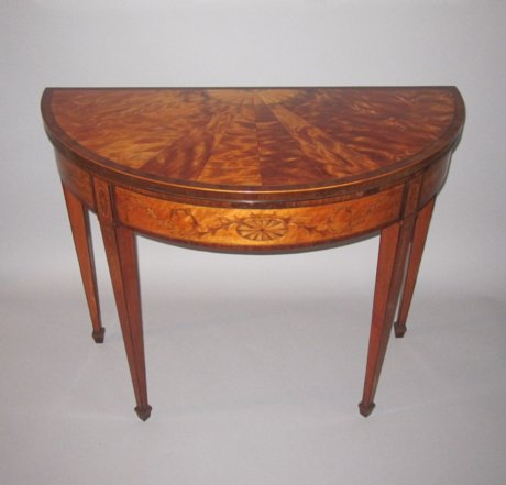 A FINE GEORGE III SATINWOOD & MARQUETRY CARD TABLE. CIRCA 1790. - Click to enlarge and for full details.