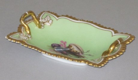 FLIGHT BARR & BARR SWEET MEAT DISH OR PIN TRAY. CIRCA 1813-19. - Click to enlarge and for full details.