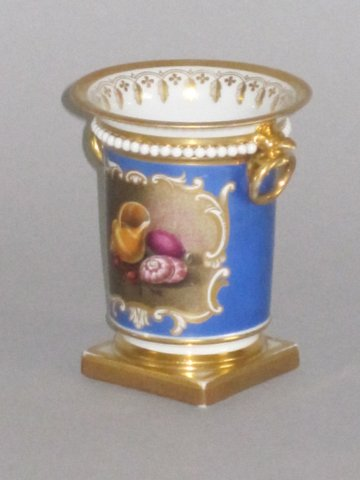 FLIGHT BARR & BARR SPILL VASE. CIRCA 1813-20 - Click to enlarge and for full details.
