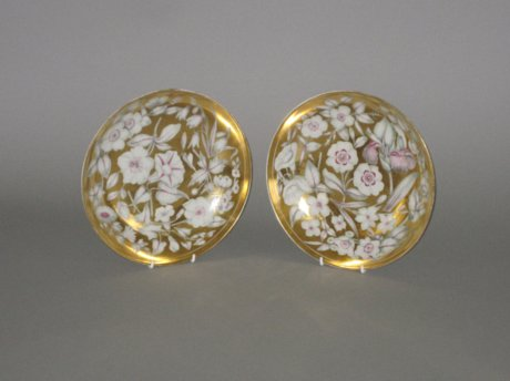 PAIR DERBY PORCELAIN SAUCER DISHES, CIRCA 1815. - Click to enlarge and for full details.