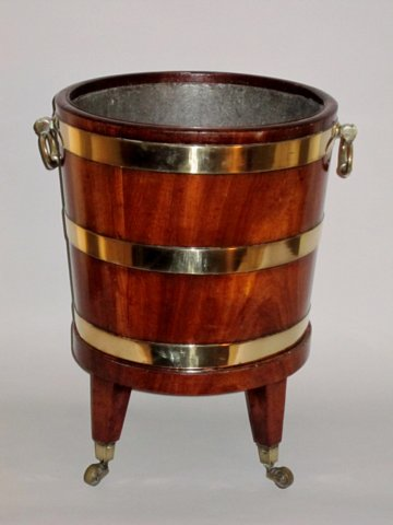 LATE 18TH CENTURY MAHOGANY BUCKET/JARDINIERE ON STAND. CIRCA 1790 - Click to enlarge and for full details.