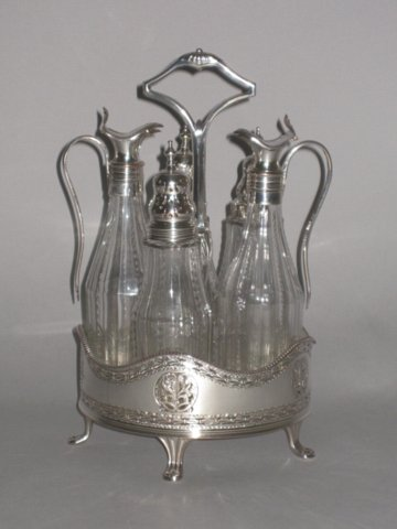 OLD SHEFFIELD PLATE SILVER CRUET, CIRCA 1790. - Click to enlarge and for full details.