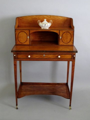 SATINWOOD BONHEUR DU JOUR. CIRCA 1780 - Click to enlarge and for full details.