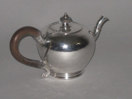 RARE OLD SHEFFIELD PLATE SILVER BULLET TEAPOT. CIRCA 1785 - Click to enlarge and for full details.