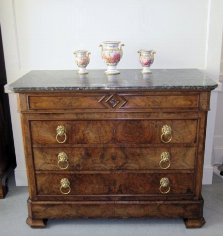 FRENCH WALNUT & MARBLE COMMODE. CIRCA 1825 - Click to enlarge and for full details.