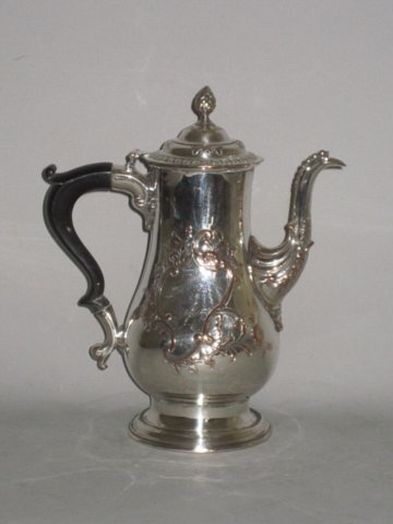 OLD SHEFFIELD PLATE SILVER COFFEE POT. CIRCA 165 BY RICHARD MORTON - Click to enlarge and for full details.