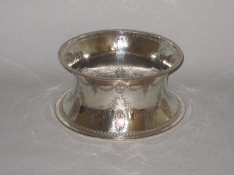 OLD SHEFFIELD PLATE SILVER DISH RING. CIRCA 1790 - Click to enlarge and for full details.