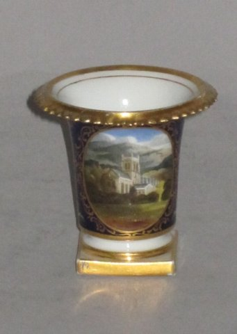 FLIGHT BARR & BARR MINIATURE VASE. - Click to enlarge and for full details.