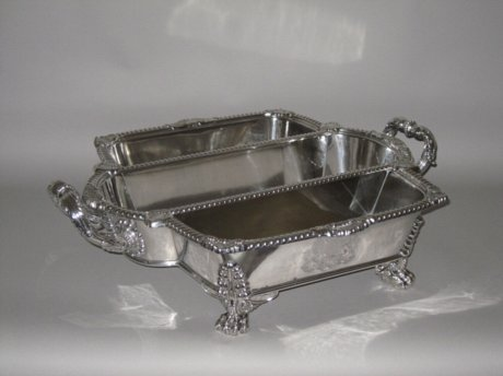 A RARE OLD SHEFFIELD PLATE KNIFE FORK AND SPOON TRAY. - Click to enlarge and for full details.