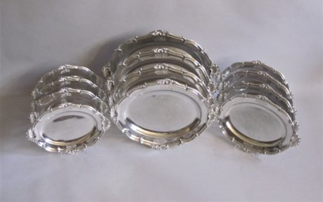 SET OF TWELVE OLD SHEFFIELD PLATE SILVER SERVING PLATTERS. CIRCA 1815 - Click to enlarge and for full details.
