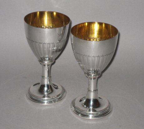 FINE PAIR OF 18TH CENTURY OLD SHEFFIELD PLATE SILVER WINE GOBLETS, CIRCA 1770. - Click to enlarge and for full details.