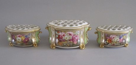 A GARNITURE OF THREE BLOOR DERBY BOUGH POTS, CIRCA 1820 - Click to enlarge and for full details.