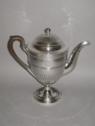 A LATE 18TH CENTURY OLD SHEFFIELD PLATE SILVER COFFEE POT, CIRCA 1780. - Click to enlarge and for full details.
