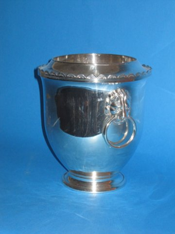 Late 18th Century Wine Cooler - Click to enlarge and for full details.