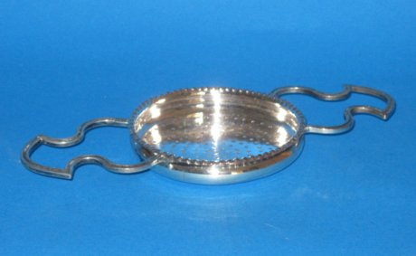 Georgian old sheffield strainer - Click to enlarge and for full details.