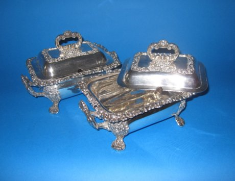 Pair of Old Sheffield Plate silver sauce tureens - Click to enlarge and for full details.
