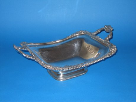 Old Sheffield plate silver basket, circa 1820 - Click to enlarge and for full details.