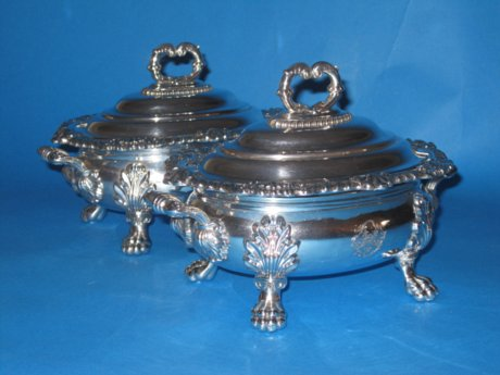 Superb quality pair of Regency old sheffield silver sauce tureens - Click to enlarge and for full details.