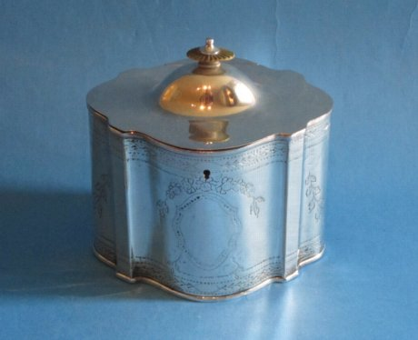 18th Century Tea Caddy, circa 1780 - Click to enlarge and for full details.
