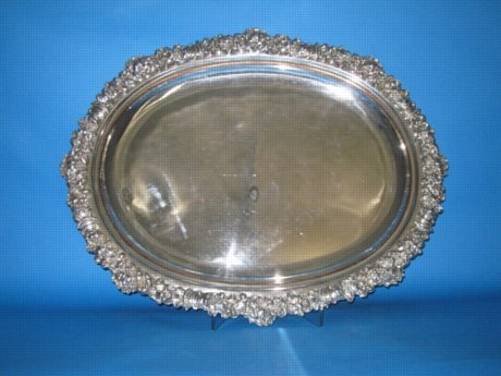 Rare large Old Sheffield Plate silver Serving platter, circa 1815. - Click to enlarge and for full details.