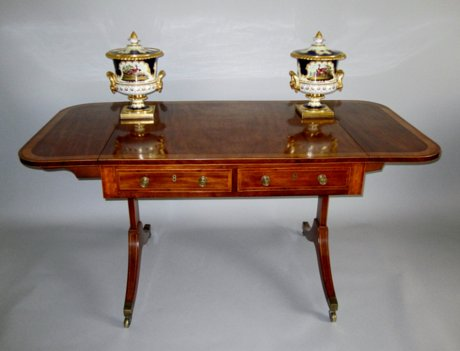 AGEORGE III MAHOGANY & CROSS BANDED SOFA TABLE. CIRCA 1800 - Click to enlarge and for full details.
