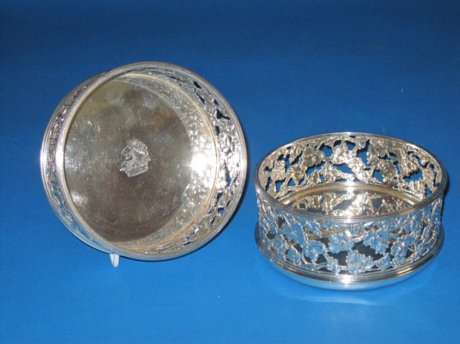 Silver Wine Coasters by Benjamin Smith, London 1815. - Click to enlarge and for full details.
